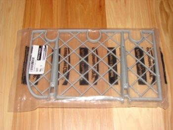 Fisher//Paykel 526375 Cup Rack Front Left