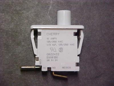WE17M126 Door Switch